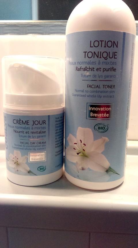 La lotion tonique et la crème de jour Coslys